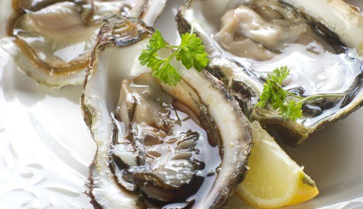 100 Gramm Austern (Gewicht ohne Schale) liefern 10 Mikrogramm Biotion