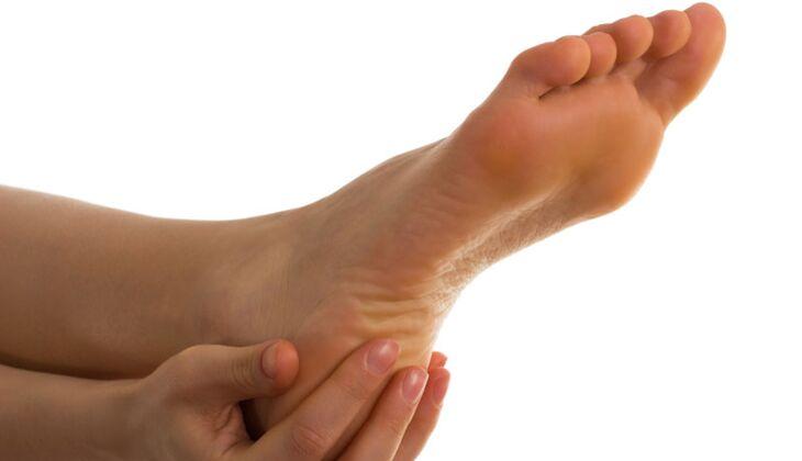 Beauty-Sünde: Hornhaut an den Füßen