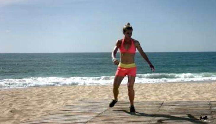 Bikini-Workout: Kreuzschritt