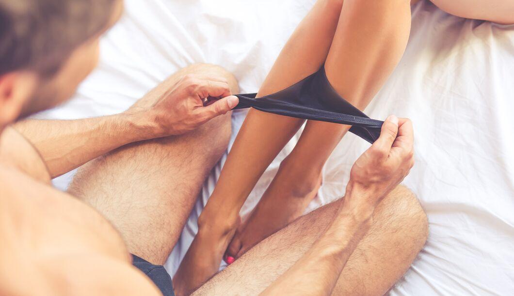Dahin schauen Männer bei einer nackten Frau zuerst