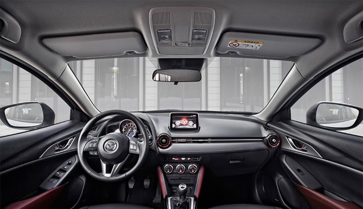 Das Cockpit des Mazda CX-3