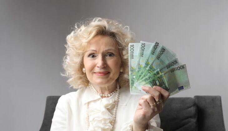 Die fiesesten Sprüche von Schwiegermutter: Geld