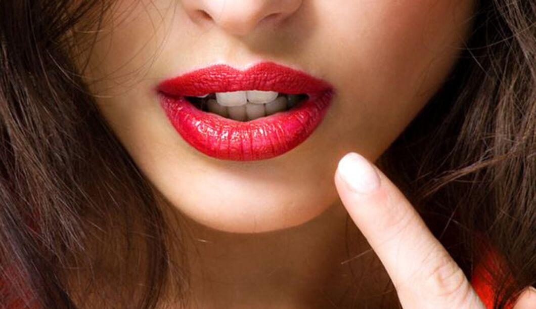 Dirty Talk: Der Sprachkurs für mehr Sex-Spaß