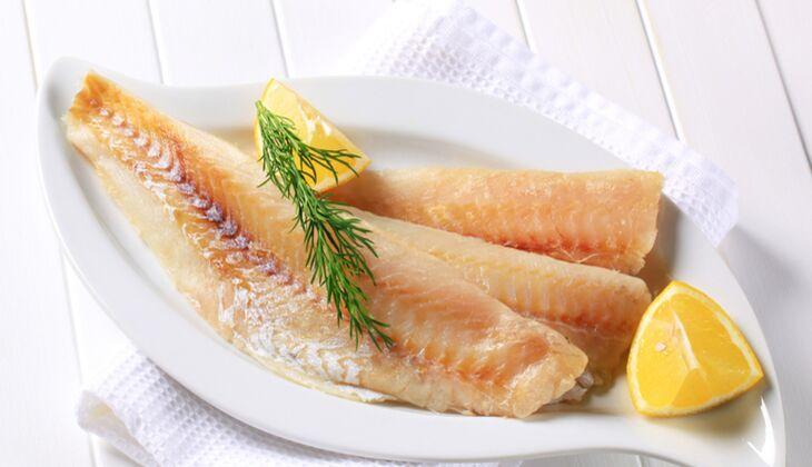 Eine Portion (150 Gramm) Seelachs enthält um die 11,3 Mikrogramm Biotin