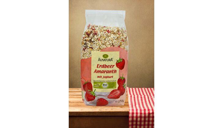 Erdbeer-Amaranth-Müsli mit Joghurt von Alnatura