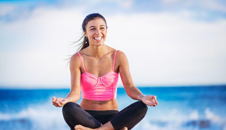 Gesund durch Yoga: Diese 3 Yoga-Übungsreihen müssen Sie sich merken!