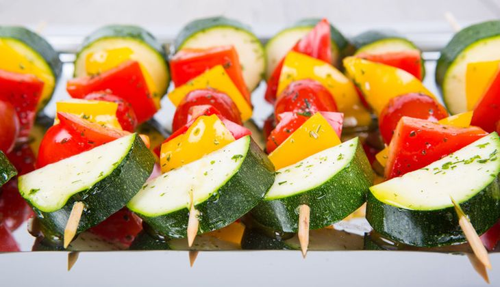 Honigsüße Gemüse-Spieße vom Grill