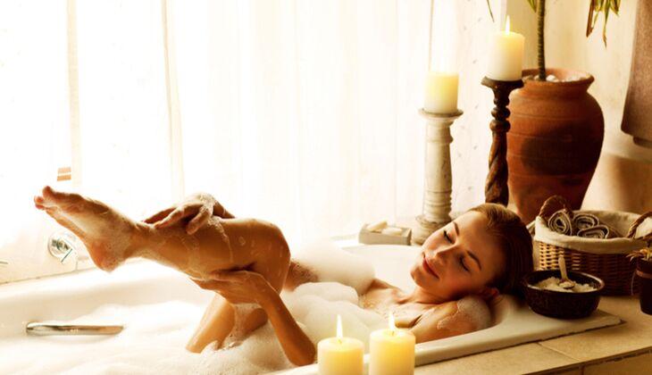 Je kürzer das Bad, desto besser für Ihre trockene Haut