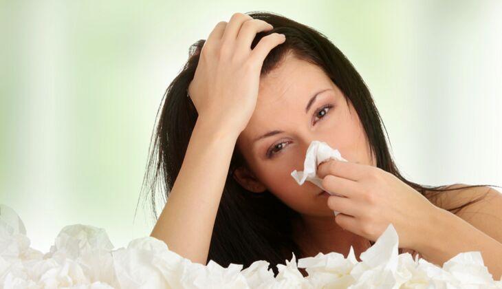 Nasenspülungen mit Salz helfen gegen Schnupfen