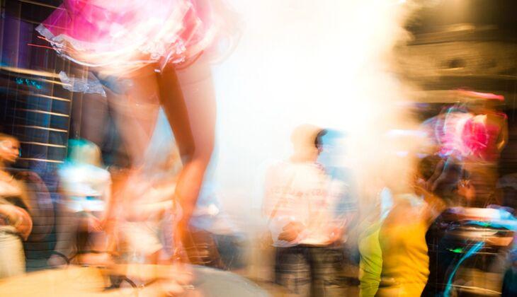 Nur mit gepflegten Partyfüßen tanzt es sich so richtig ausgelassen