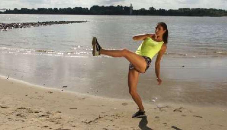 Outdoor-Workout : Kick nach vorn