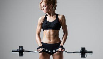 Sexy Kurven dank Krafttraining: Starke Muskeln erhöhen den Grundumsatz.