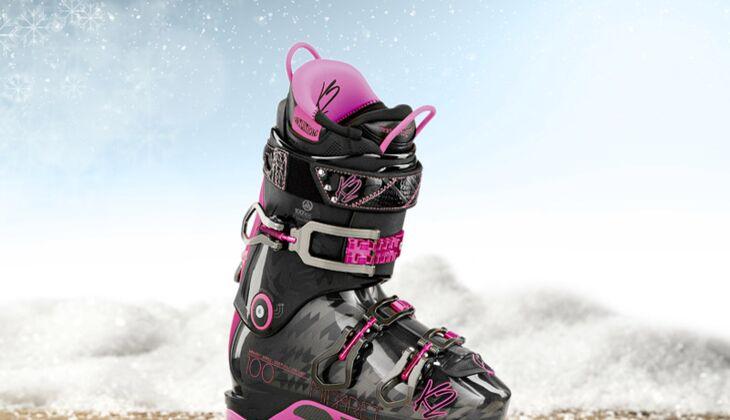 Skiausrüstung: Die besten Skis und Stiefel