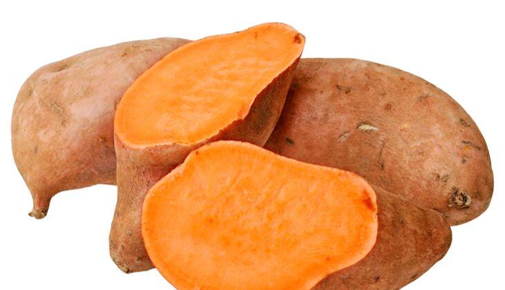 So viel Vitamin A steckt in Süßkartoffeln