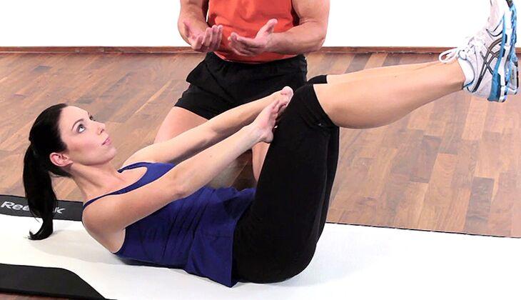 Starkes Bauchmuskeltraining für Frauen