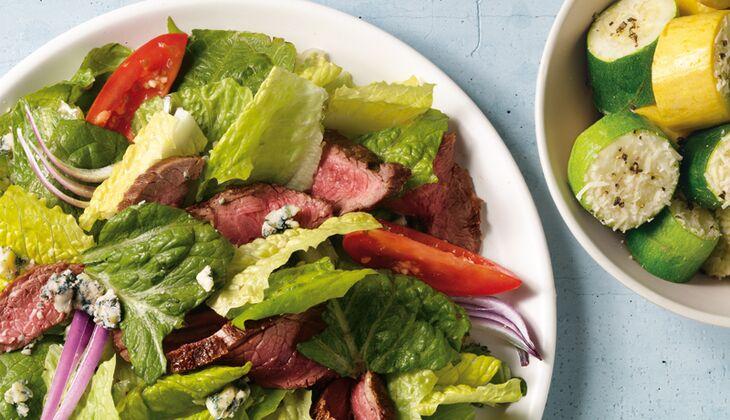 Steak-Salat mit Zucchini-Talern