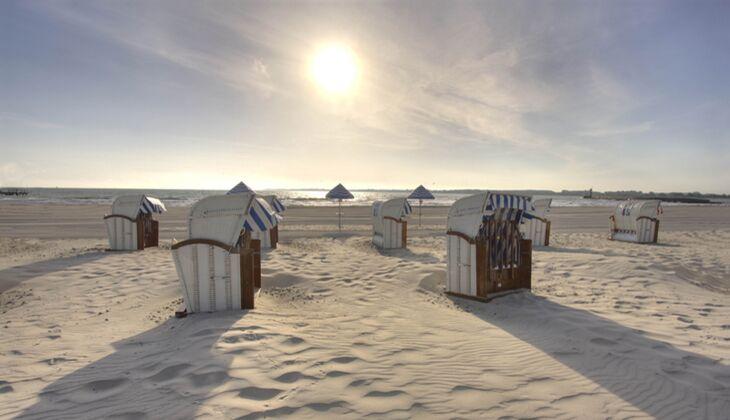 Strand an der Ostsee: Kurstrand Travemünde