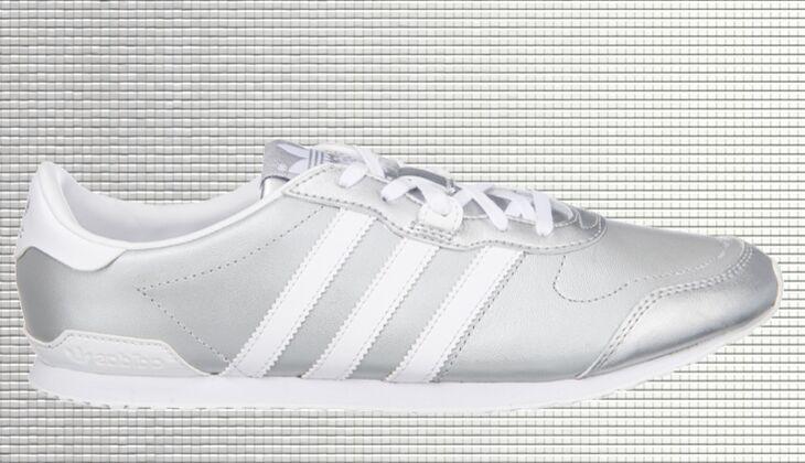 Weiße Sneaker von Adidas
