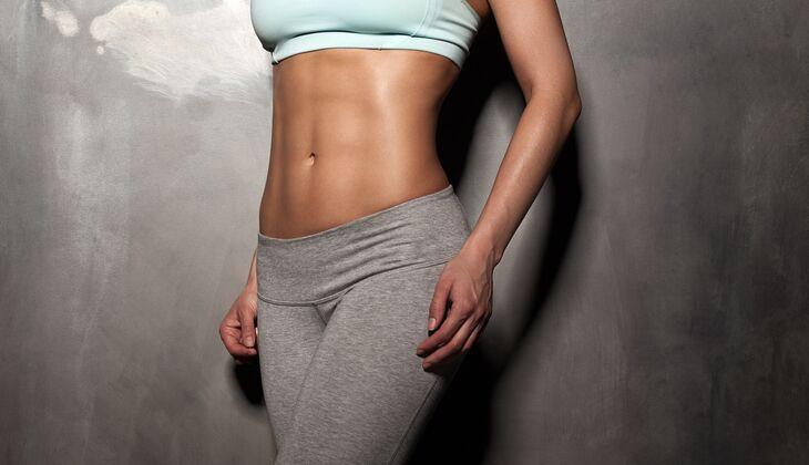 Workout für einen flachen Bauch