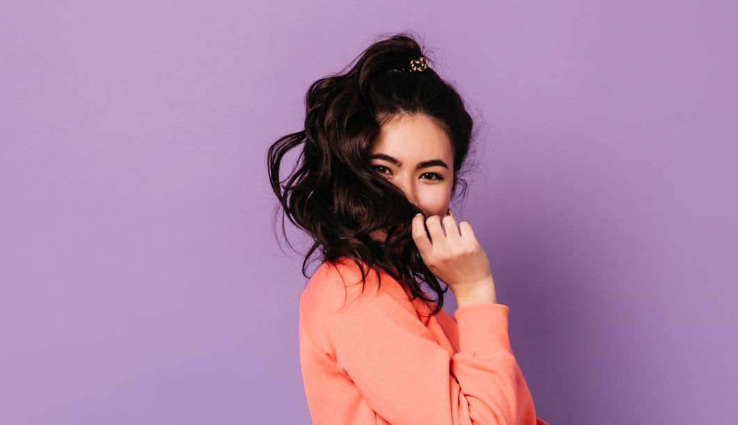 Die besten Tipps gegen strohige Haare