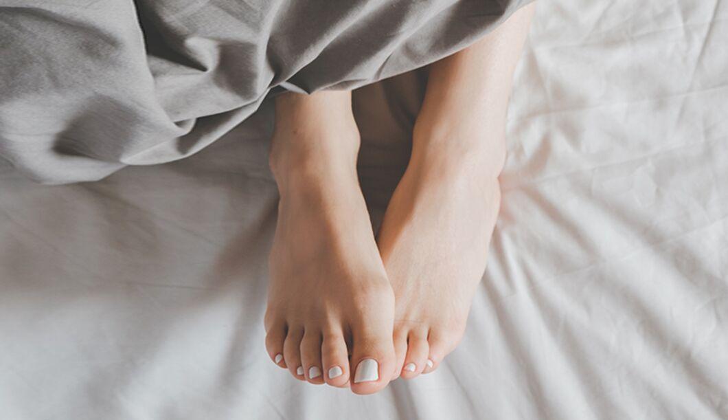 Diese 6 Dinge gehören nicht ins Bett