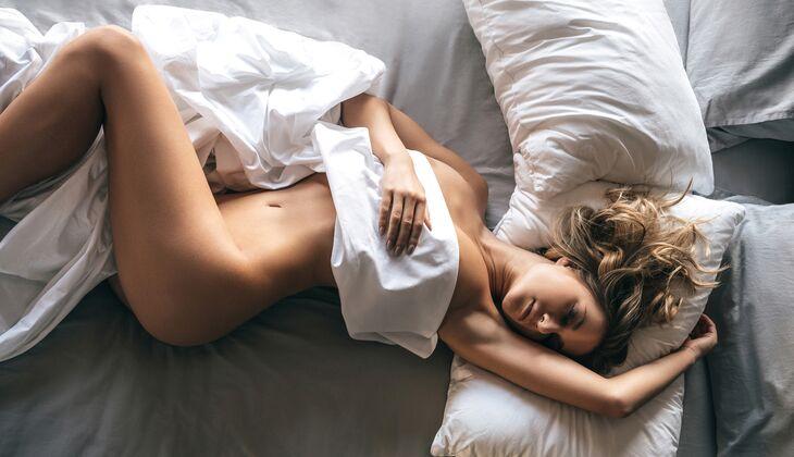 nackt schlafen ist gesund