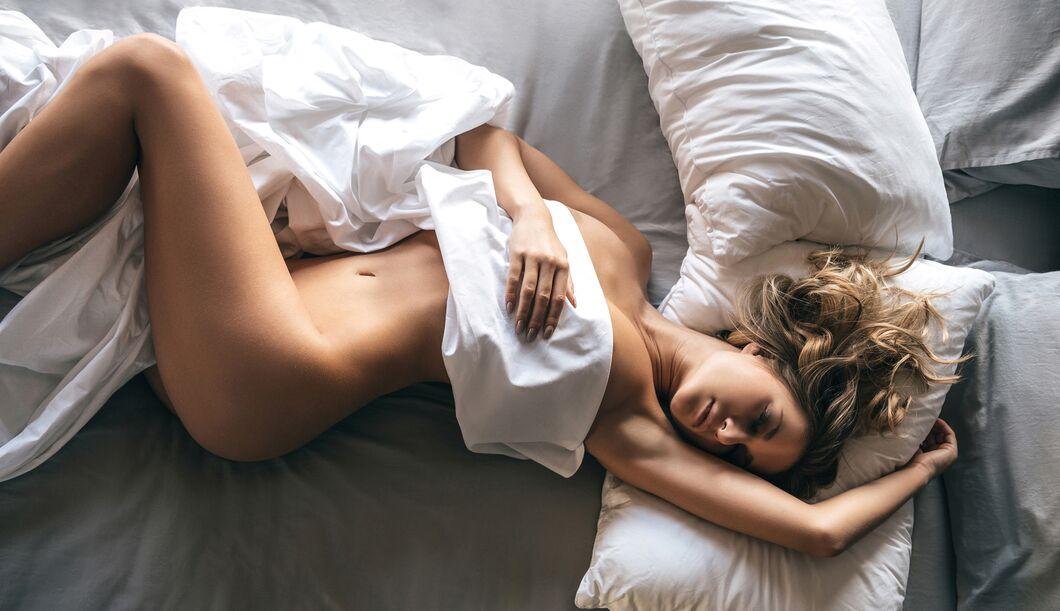 Frisch gewaschene Bettwäsche auf der Haut: Ein schönes Gefühl.