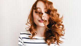 Dauerwelle bei glatten langen haaren