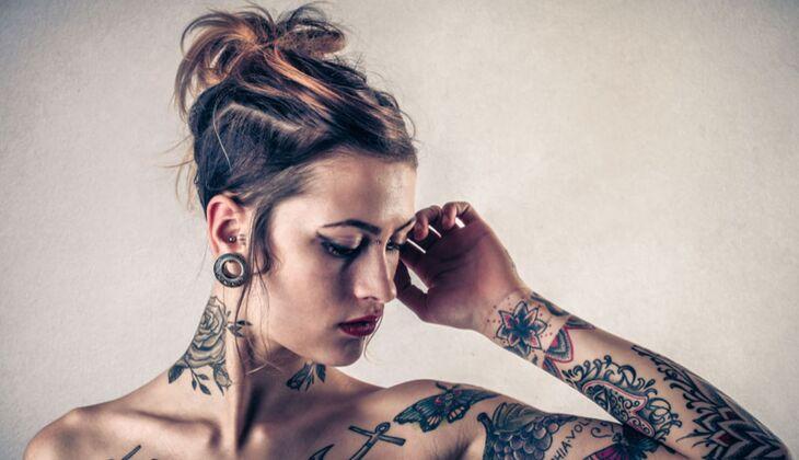 Literatur Für Die Haut Tattoo Sprüche Womenshealthde